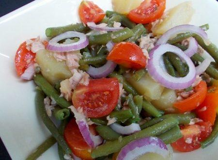 Salata de cartofi cu ton si pastai