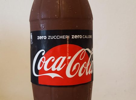 TORT IN STICLA DE COCA COLA